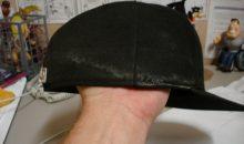 Как отстирать кепку от пота?